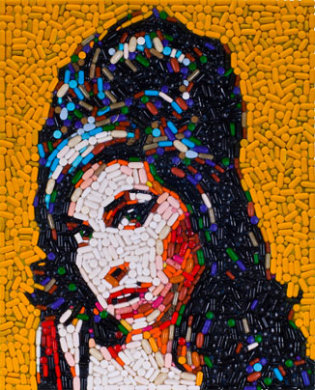 Amy Winehouse (Pills)