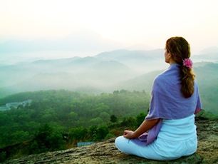 Meditation at sunset: image via meditationoasis.com