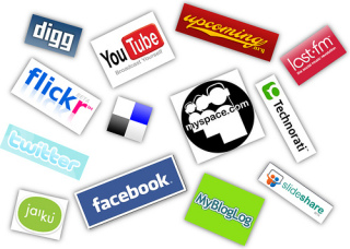 Social Media logos: image via softsailor.com