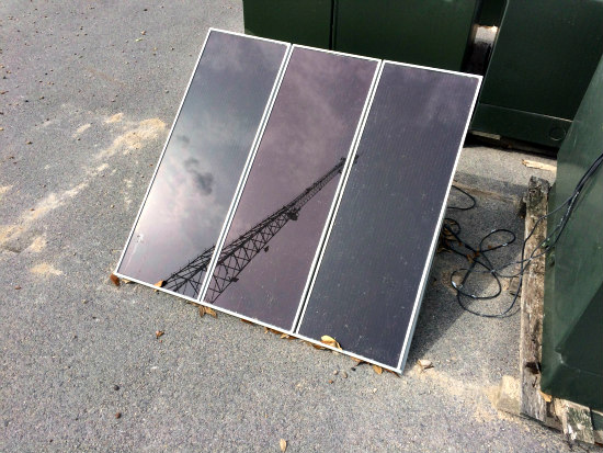 Ordinairy solar panels to get a boost in efficiency: A new transparent cloth will increase solar energy output