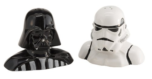 Darth Vader And Storm Trooper Salt And Pepper Shakers