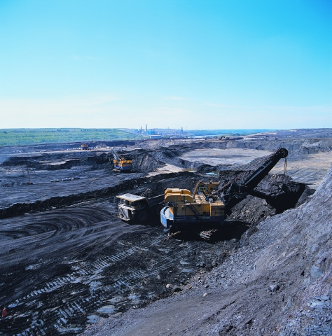 Traditional methods of extracting oil from tar sands are not very eco-friendly: Image via arch1designs.com