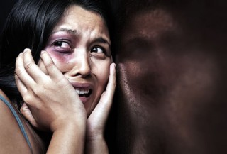 Victims of domestic violence are more likely to suffer mental illness: image via toonaripost.com