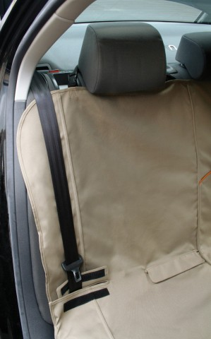 Kurgo Bench Seat Cover: © Kurgo Products