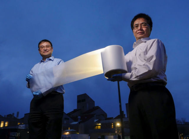 Zero-Energy Metamaterial (image credit Glenn Asakawa): New super wrap offers energy-free AC
