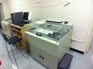 Older 3-D Printer.: An older 3-D printer, donated, that uses gypsum and a binder to form pieces.