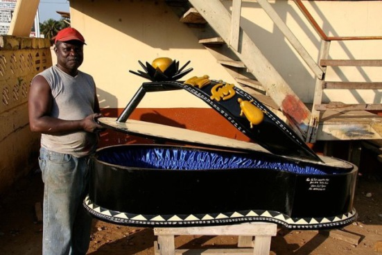 Paa Joe and a Coffin in the Shape of a Sandal (Photo by Regula Tschumi/Creative Commons via Wikpedia)
